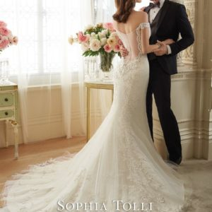 Y11634bk LaceWeddingDresses (Small) - kopie - kopie
